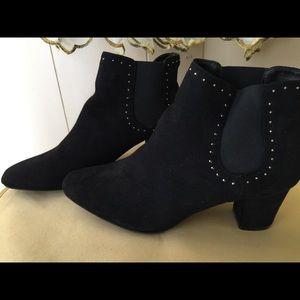 New Jaclyn Smith women Black fashion suede S 11m